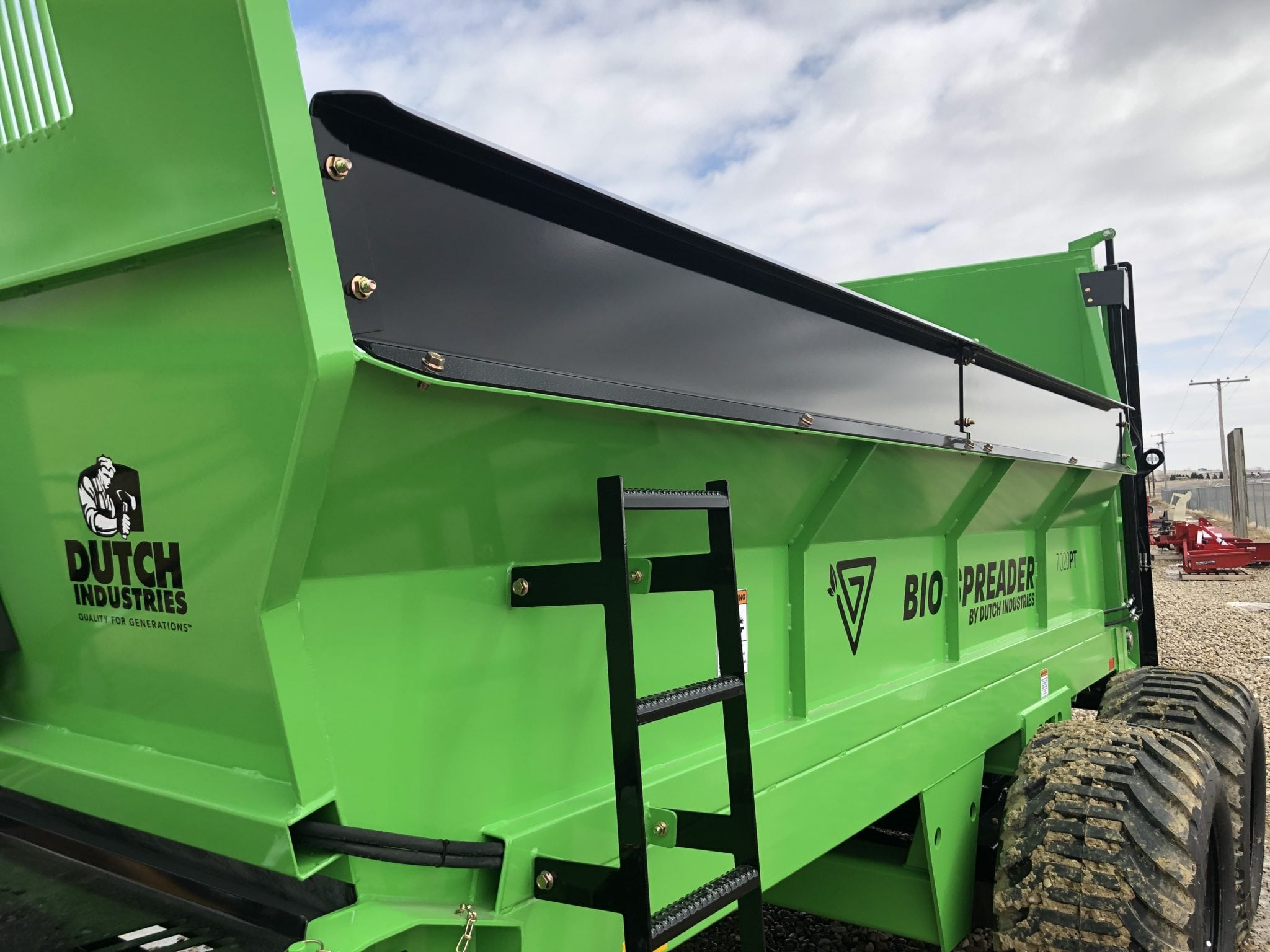 Dutch-BioSpreader-Manure-Spreader-Side-Extensions-Vertical-Beater-2